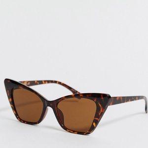 ASOS Cateye Sunglasses in Tortoiseshell